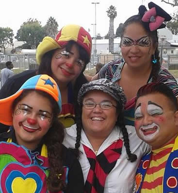CharmandHappy.com Family artist picnic entertainment clowns SoCal 562-237-3327