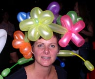 flower hat balloon art